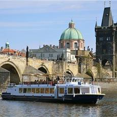 Evening Prague + Boat,